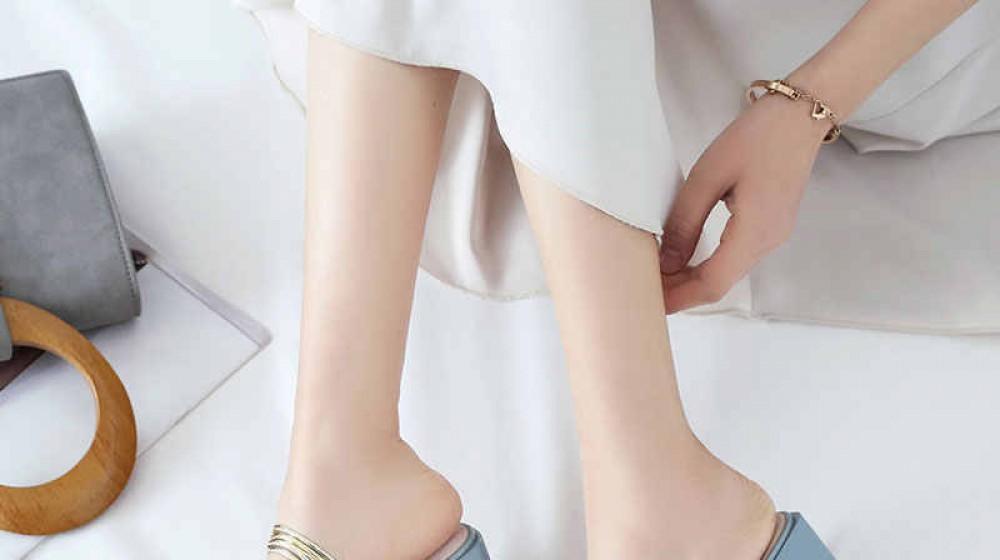 Tư vấn mua giày sandal cao gót - Top 3 mẫu giày đẹp nhất