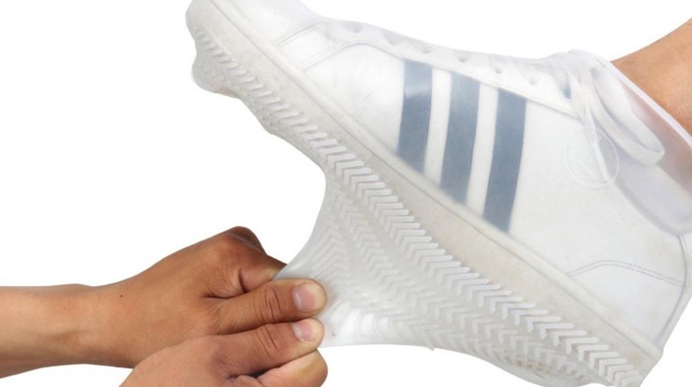 Review chi tiết bọc giày đi mưa silicon có thực sự tốt