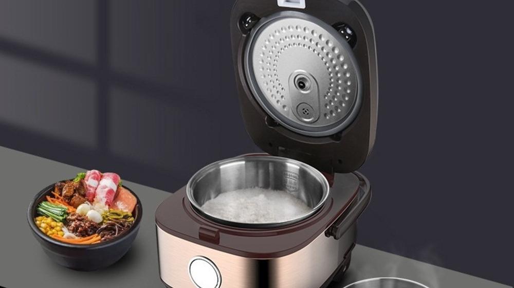 Nấu lẩu bằng nồi cơm điện được không? Liệu có nên không