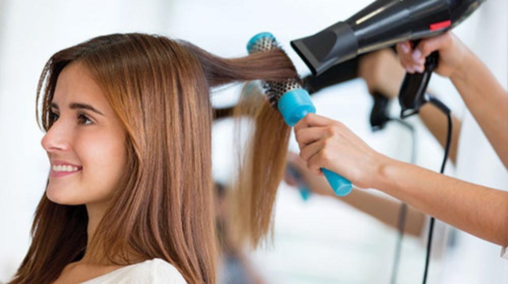 10 Tips hướng dẫn cách dùng máy sấy tóc tạo kiểu cho nam nữ cực đỉnh