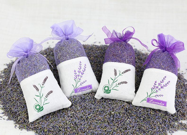 Cách bảo quản túi xách không bị mùi bằng túi thơm