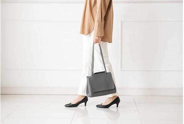 Lưu ý khi chọn túi xách đi làm