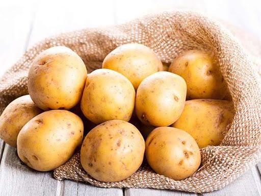 bảo quản túi xách không bị mốc bằng khoai tây