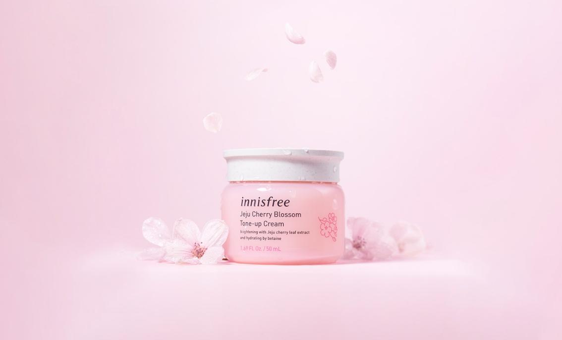 kem dưỡng ẩm innisfree jeju cherry blossom tone-up cream